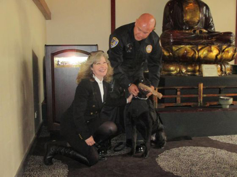 K9 Armor cofounder Suzanne Saunders donating vests to Riverside PD Officer Darrell Hill for K9 Noran and on the right, Hemet PD Officer Matthew Gomez for K9 Jack. Pictures by Brian Rokos for the Press Enterprise click the pictures to open the article.